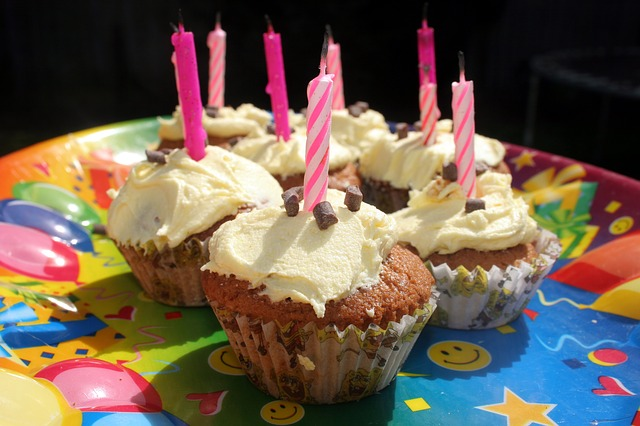 cupcake-50808_640